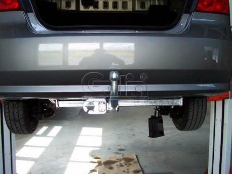 Фото Фаркоп Chevrolet Aveo 2002- седан